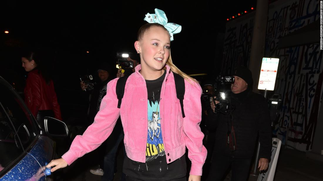 "JoJo Siwa responded to the backgammon controversy saying that she ""had no idea"" about the ""inappropriate"" content."