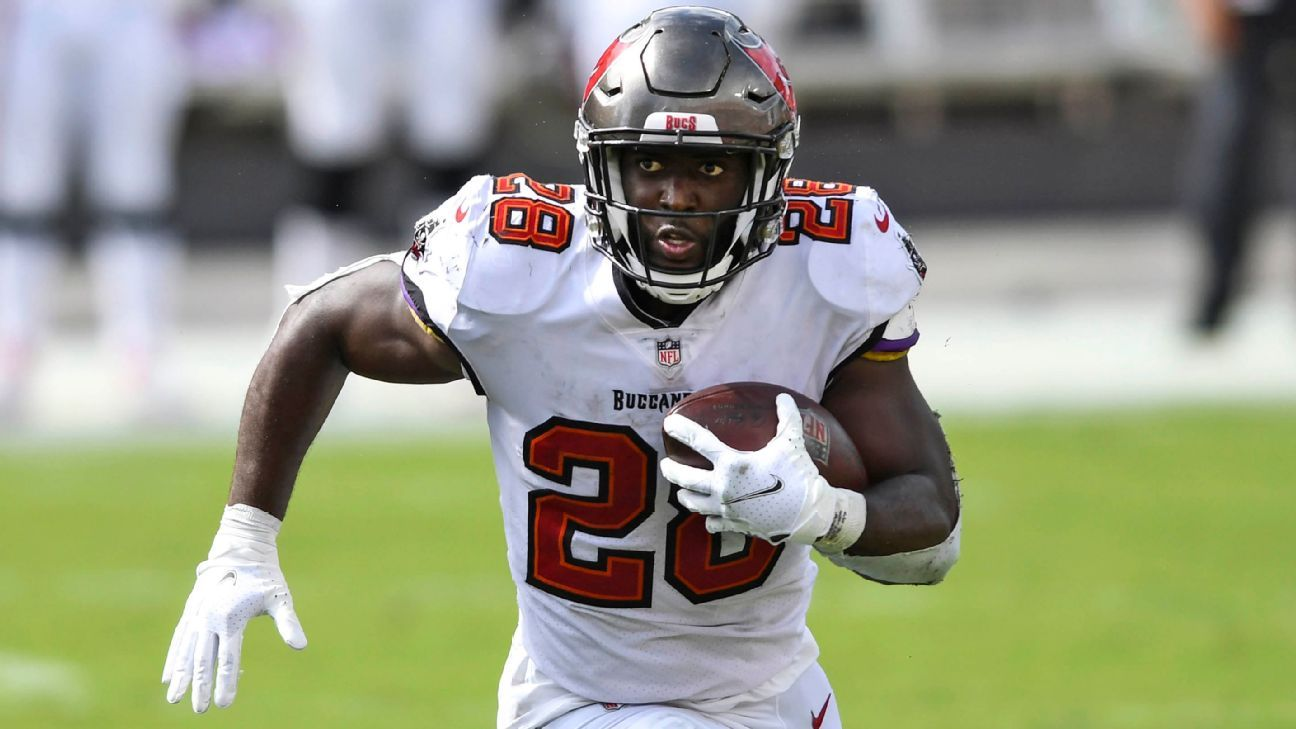 Tampa Bay Pirates to start RB Leonard Fortnite against New Orleans Saints