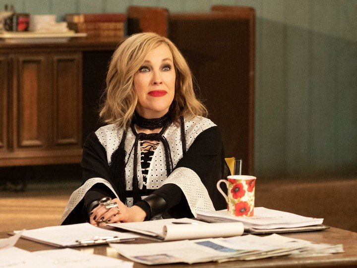"""Catherine O'Hara leads a female """"Chet Creek"""".  AP Pictures"""