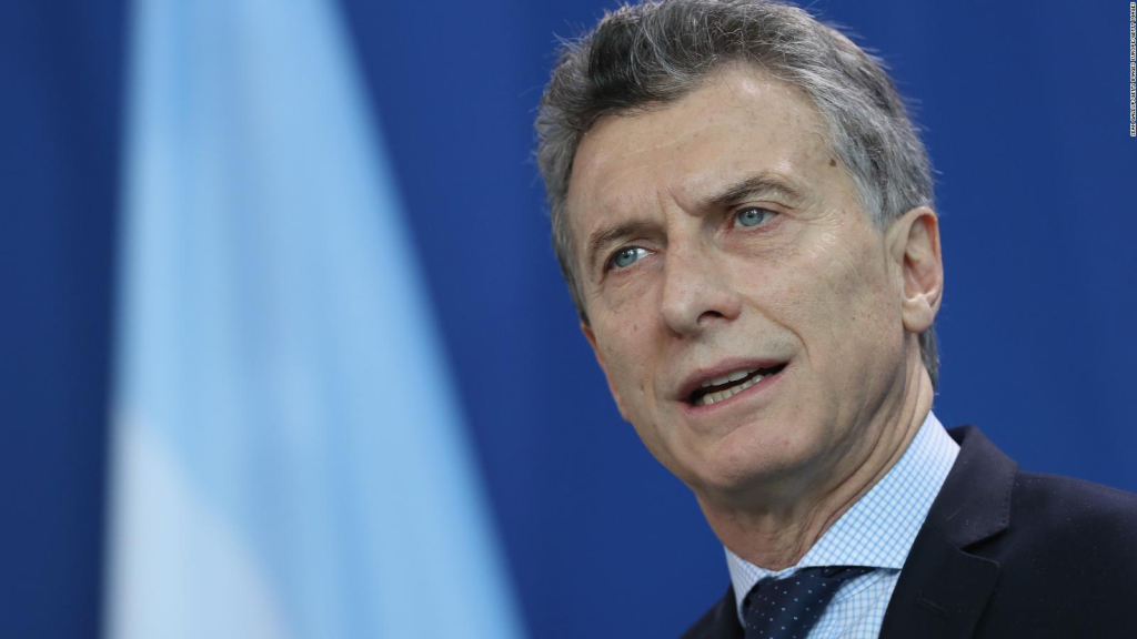 Should Macri be a candidate for president?