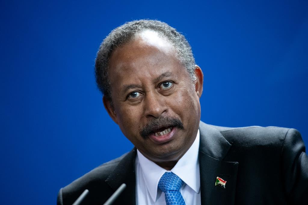 """Hamdok is aware of the """"enormous challenges"""" facing the new government of Sudan in terms of economy and security"""