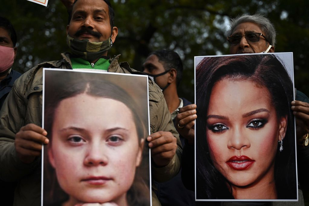 Scandal in India with Rihanna: The reason her photos were burned at a protest
