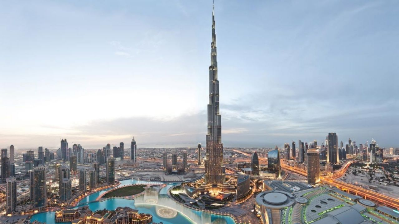 The United Arab Emirates is looking for foreigners to live there and offers citizenship