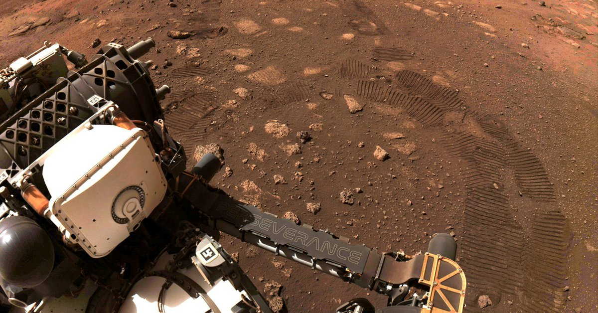 The Perseverance Robot made its first flight over Mars and filmed the paths it left