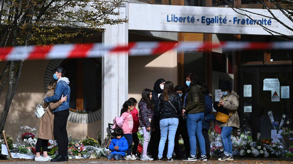 Beheading a teacher in France: a student lied