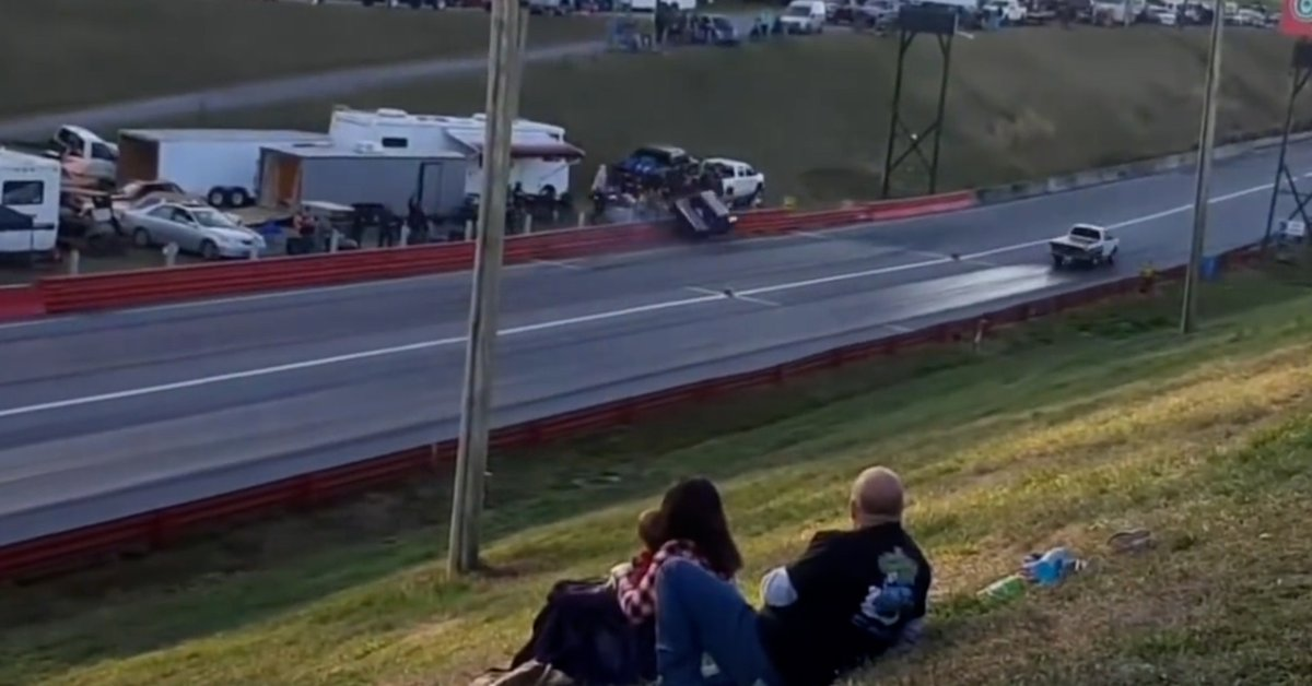 Chilling accident in a US race: a vehicle veered off the track, collided with a group of fans, and injured a woman