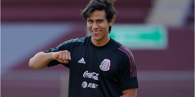 Choose Mexico  JJ Macías will be a substitute against Canada in the semi-finals of the Concacaf Pre-Olympic