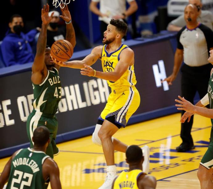 122-121.  Exploits Oubre Jr.  The Warriors, the absence of Antetokounmpo