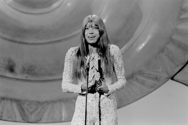German Katia Epstein in the Eurovision Song Contest (1971) Roy Biddle 2109_080