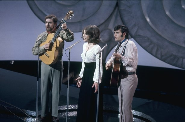 Peter, Sue and Mark represent Switzerland in the Eurovision Song Contest (1971) 4261_059