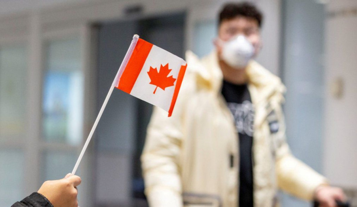 Canada.  Toronto suspends lessons face-to-face in the face of a new wave of Coronavirus