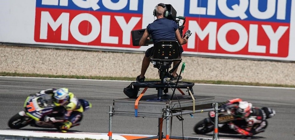 Dorna is broadcast live in Canada with Rev TV