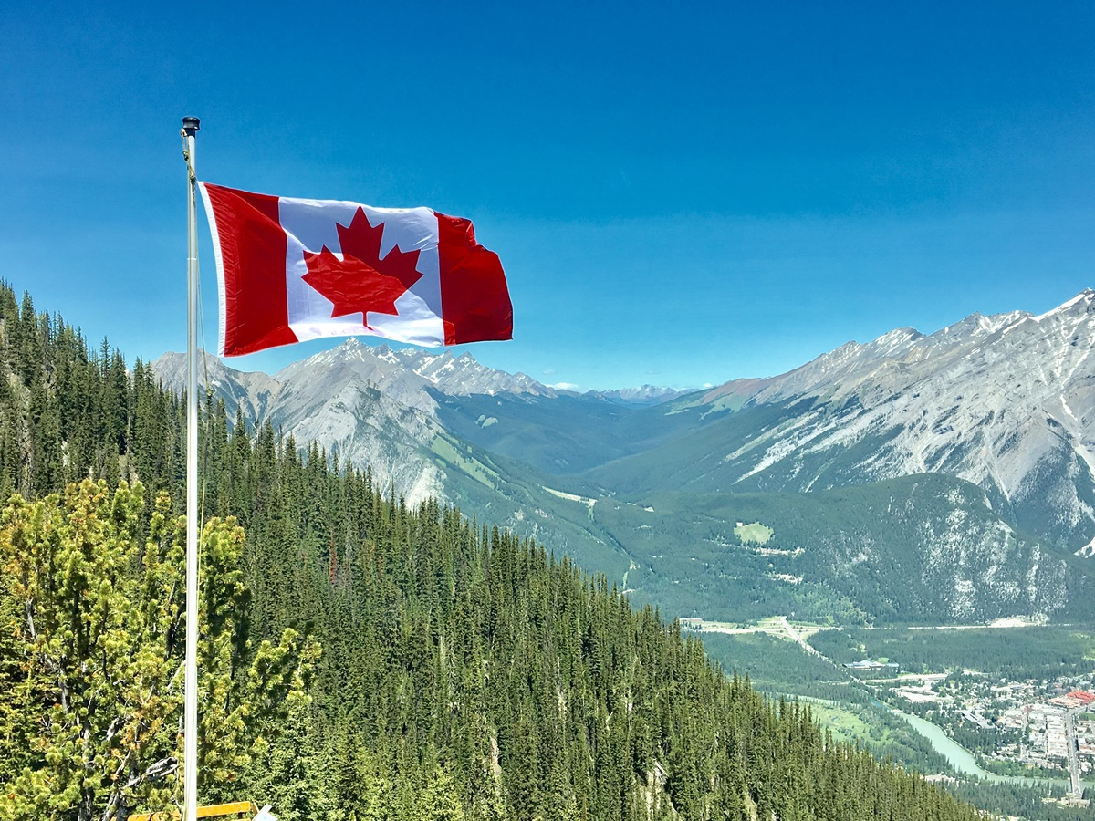 Job offers in Canada without speaking English