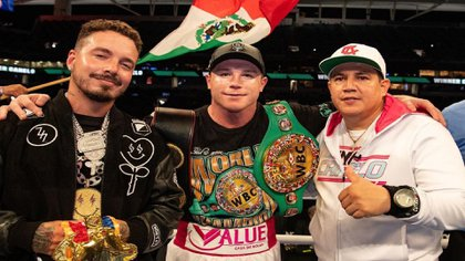 Canelo retained his consolidated title against Avni Yildirim by knockout (Image: Instagram / Canelo)