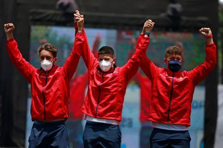 - Pictures - AME2506.  Guatemala City (Guatemala), 04/25/2021. - Pablo Asha, Miguel Alvarinho and Daniel Castro of the Spanish men's frequent shooting team celebrated their gold medal against the US team today, in the World Cup Shooting, in Guatemala City (Guatemala).  EFE / Esteban Biba