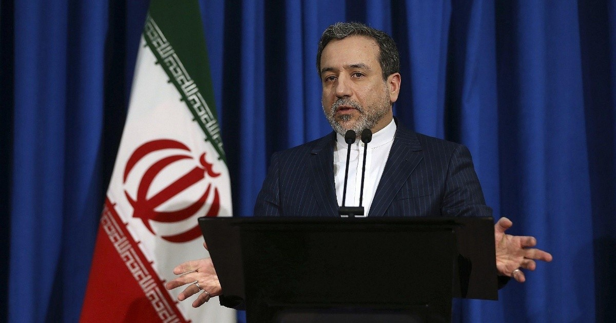 Iran confirms that it will not negotiate with the United States if it continues with its sanctions