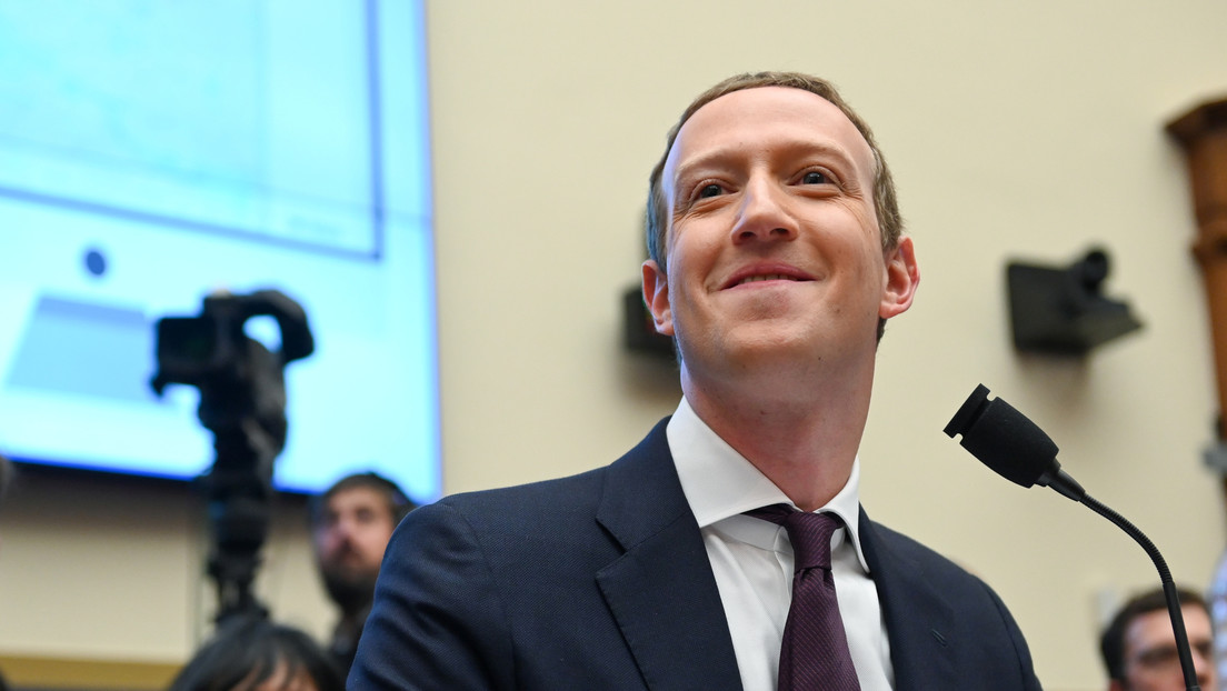 Mark Zuckerberg says he covered his face with sunscreen to fool the paparazzi