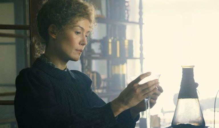 Netflix: Madame Curie is a fairly traditional movie about an exceptional woman