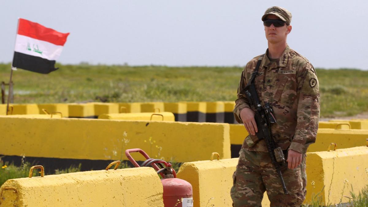 The United States agrees with Iraq to withdraw all of its combat forces
