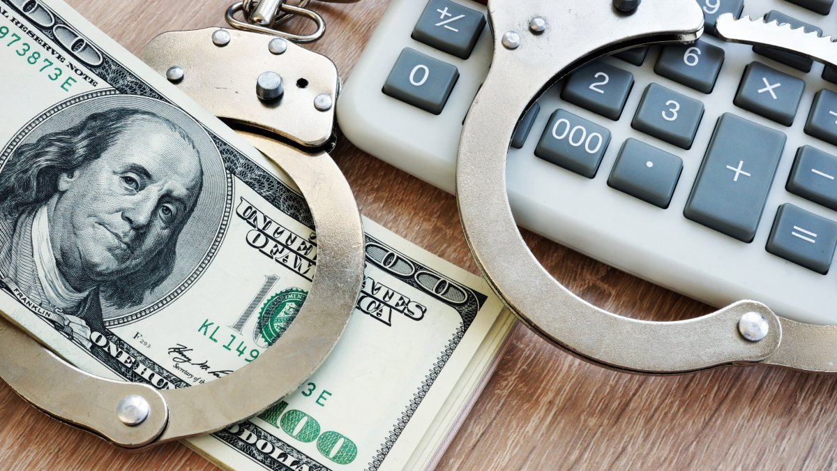 The subject creates a bogus company and steals more than $ 481,000 in aid for small businesses – Telemundo New York (47)