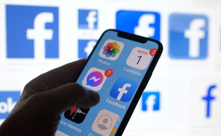 Blocking hurts Facebook's business.  Photo by AFP