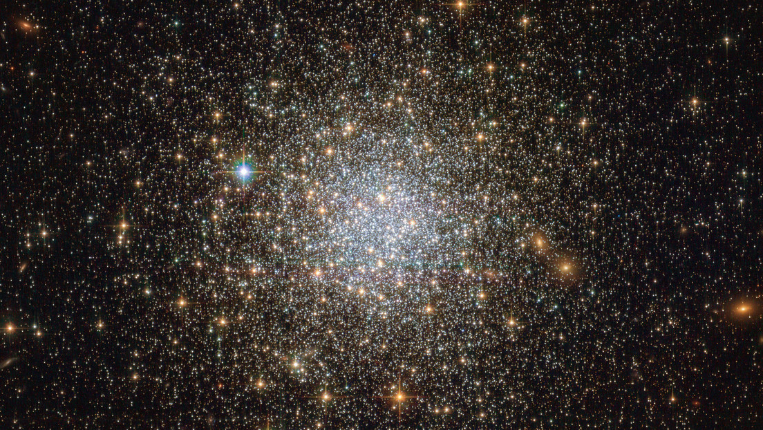 They discovered that since 1950 more than 800 stars have disappeared from the sky, which could indicate the existence of extraterrestrial civilizations