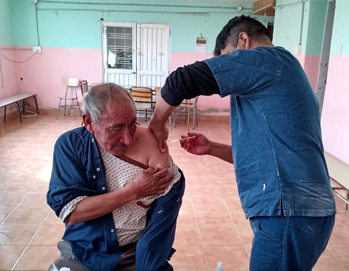 Rural residents in the southern region receive medical assistance and vaccination against COVID