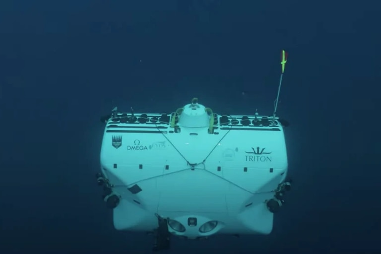 Scientists descend into the depths of the ocean and face a surprise