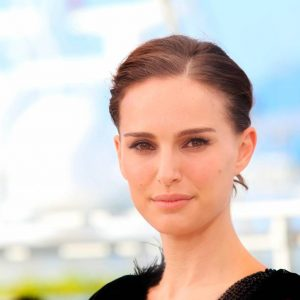 5 Hollywood Actresses Love Science