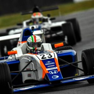 "A tough ""Artie"" Flores race in Formula 4 – El Sol de León"