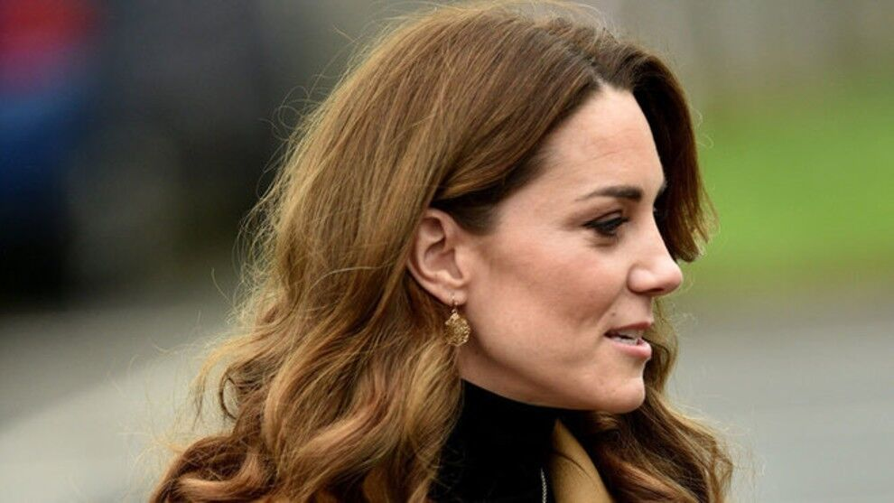 Kate Middleton educates the population of the United Kingdom about her Coronavirus vaccination