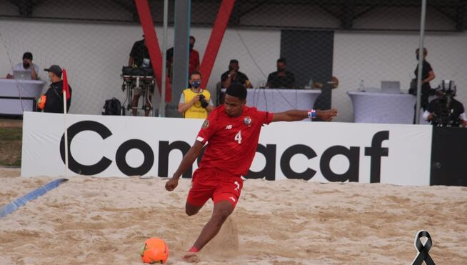 Panama falls to the United States in a fierce beach soccer game