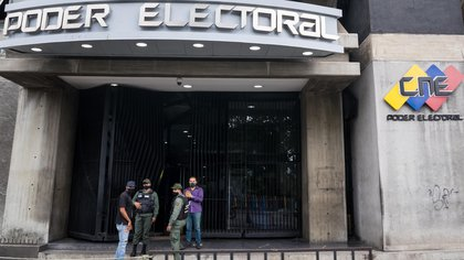 Exterior view of one of the main headquarters of the National Electoral Council (CNE) in Caracas (Venezuela).  EFE / Miguel Gutierrez / Archive