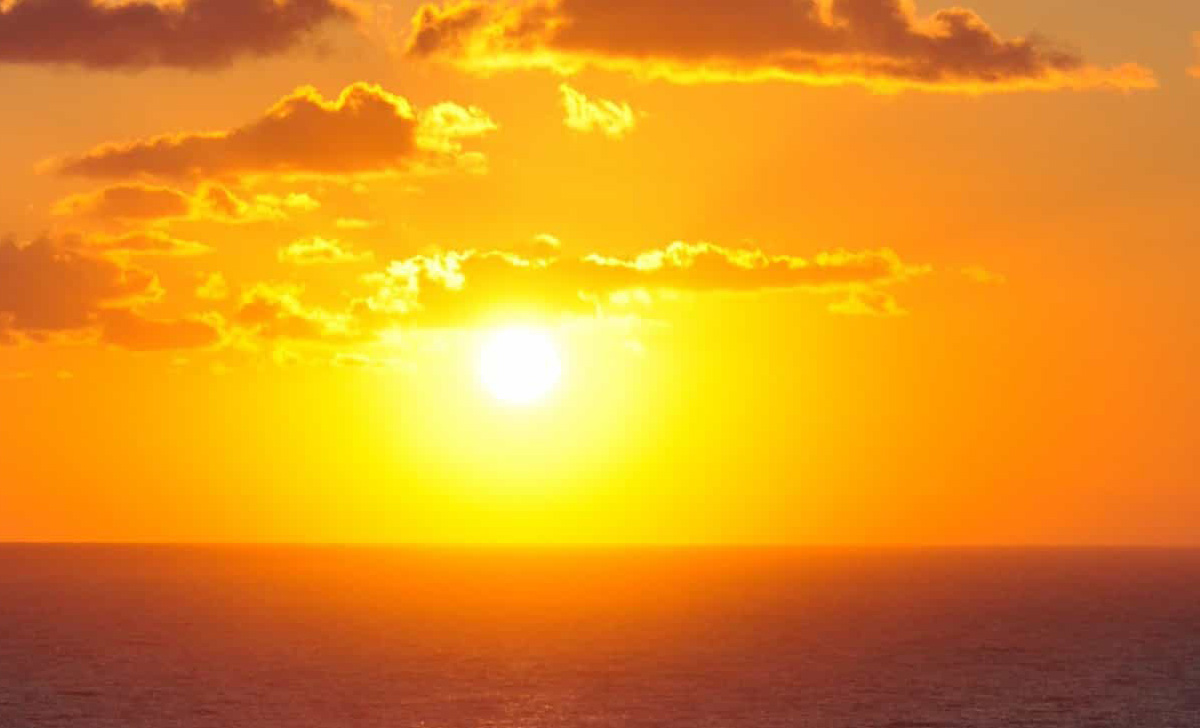 Here are the five reasons why the sun is a natural medicine.