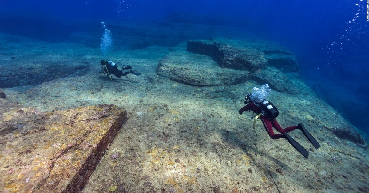 Incredible images of a 12,000-year-old Japanese city found at the bottom of the sea |  Chronicle