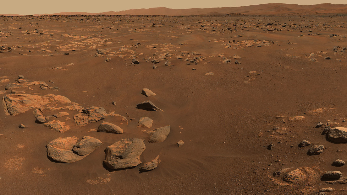 NASA's rover captures first 360-degree panorama of Mars (visible by sound)
