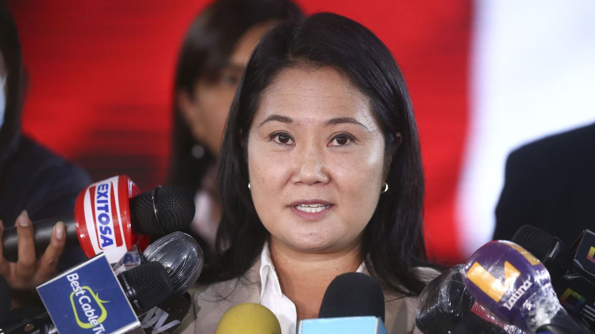 More than a month after polling, Keiko Fujimori announced that he recognizes the results