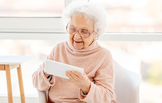 Digital technologies in the aging area