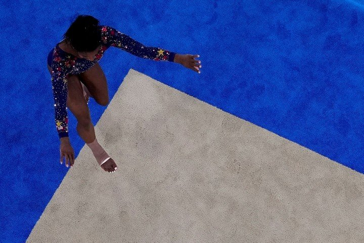 Matrices push the boundaries in the floor exercise.  Photo: AP