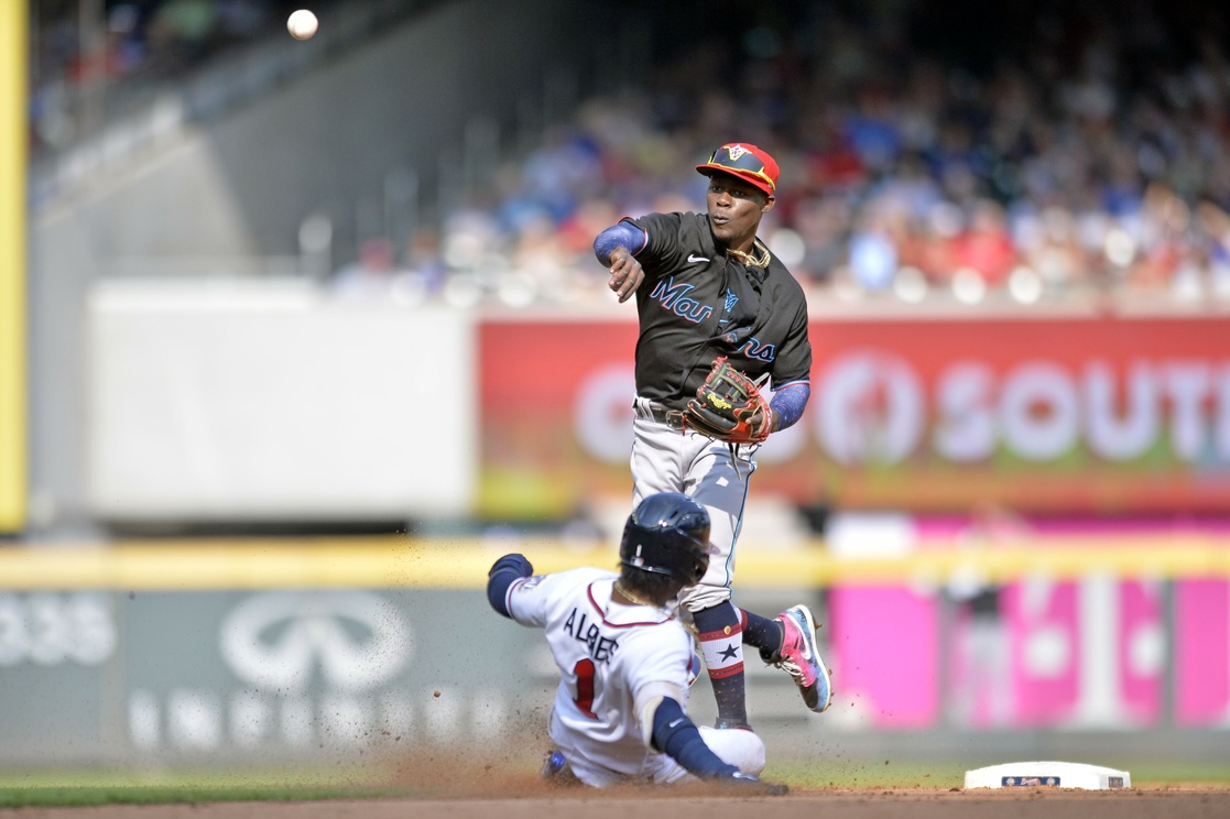 Dominican Alcantara connects the Braves to Marlins victory