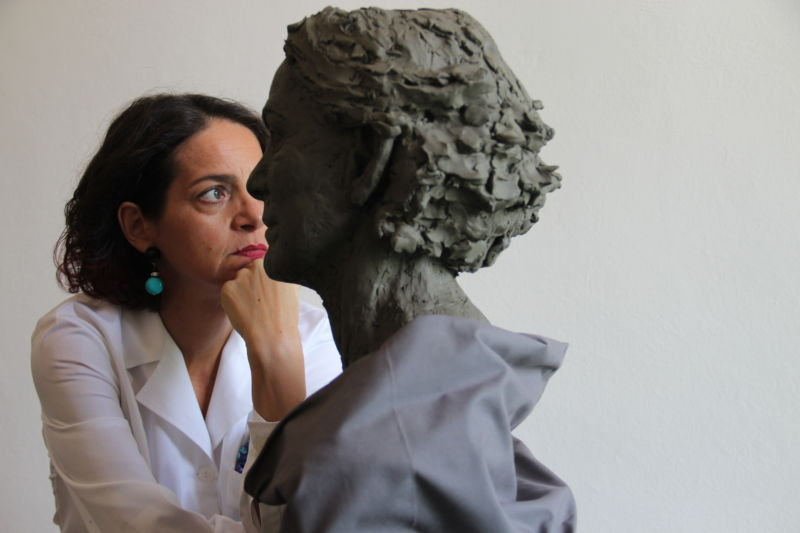 Dr.  Gindi, from medicine to art as a contemporary sculptor