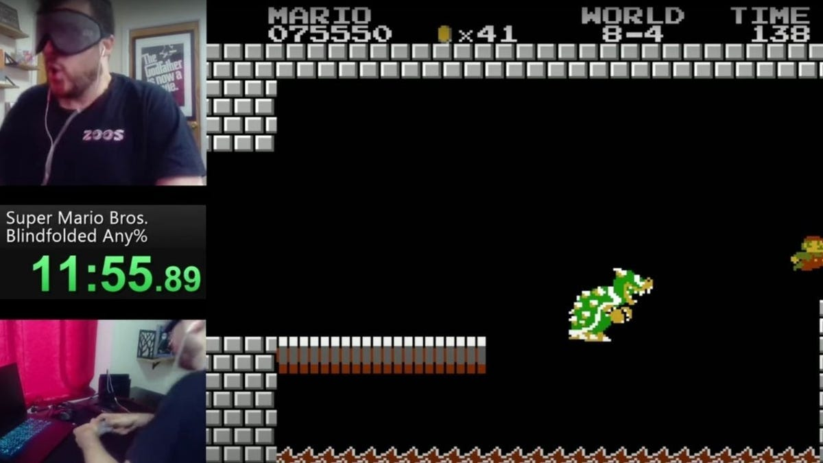 Speedrunner breaks the record in Super Mario Bros with bandages