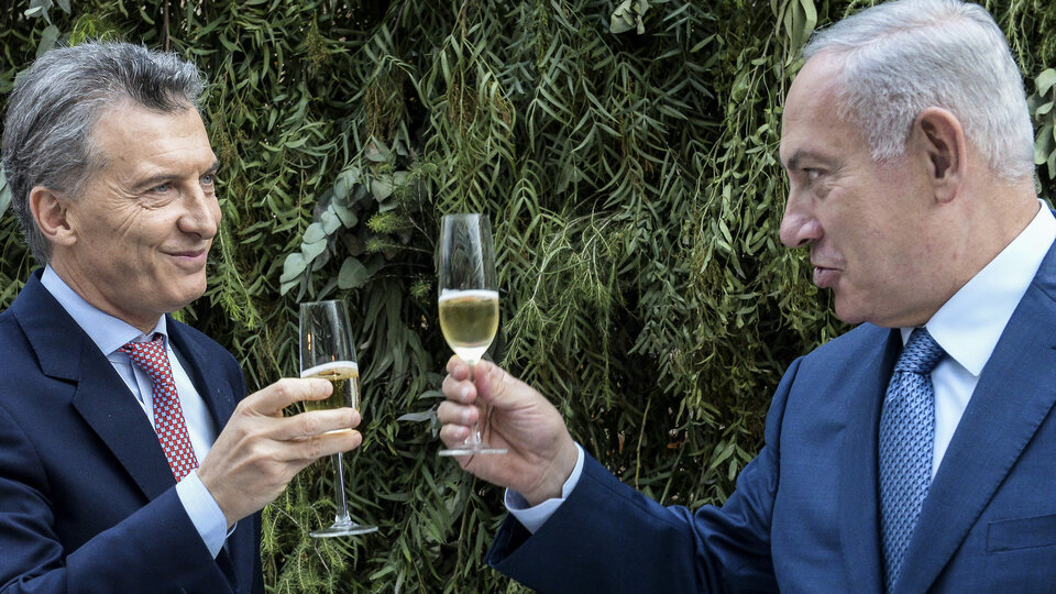 Spies and vaccines    Mauricio Macri's Relations with Israel on Weapons and Cyber Security