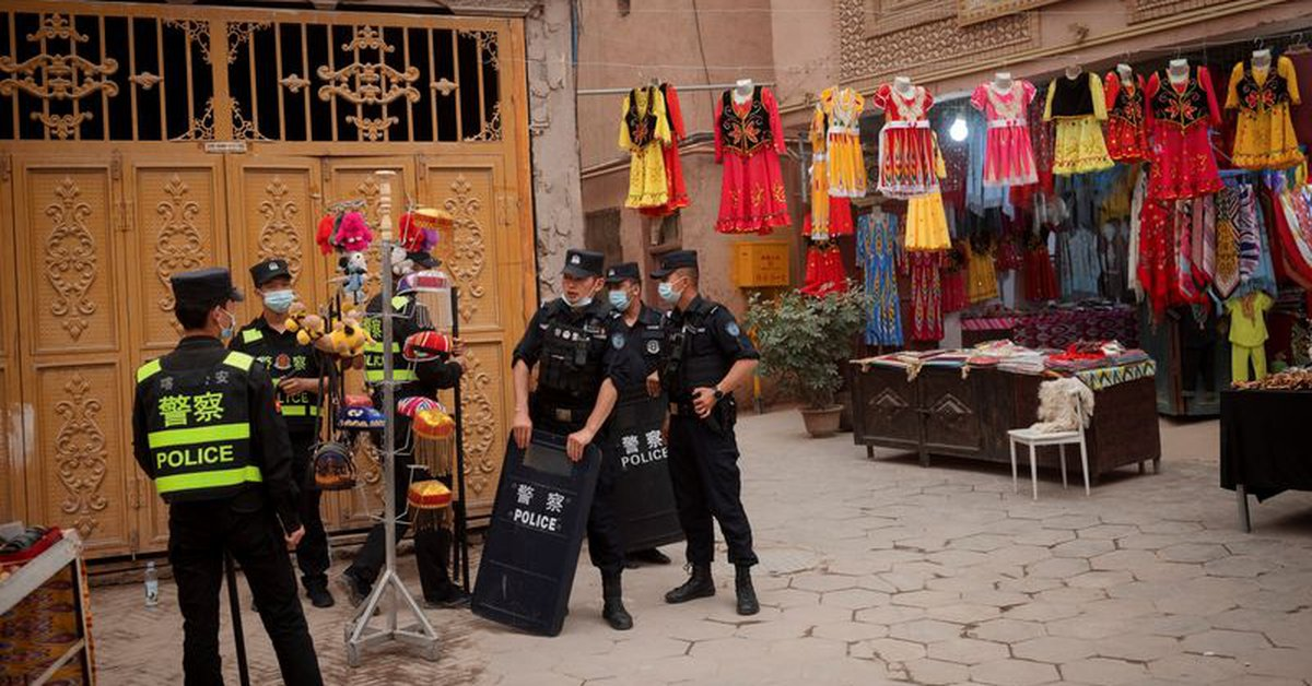 The United States raises its voice on the dangers of doing business in China's Xinjiang region