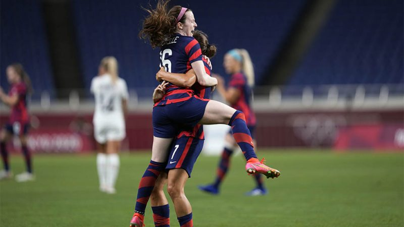 The United States recovers and defeats New Zealand in women's football القدم