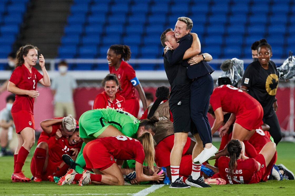 Who is Bev Priestman who won the gold with Canada in Tokyo 2020?