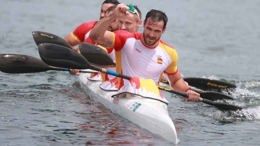 Saúl Craviotto, at the front of Spain's K4 game at the Olympic Games Tokyo 2020