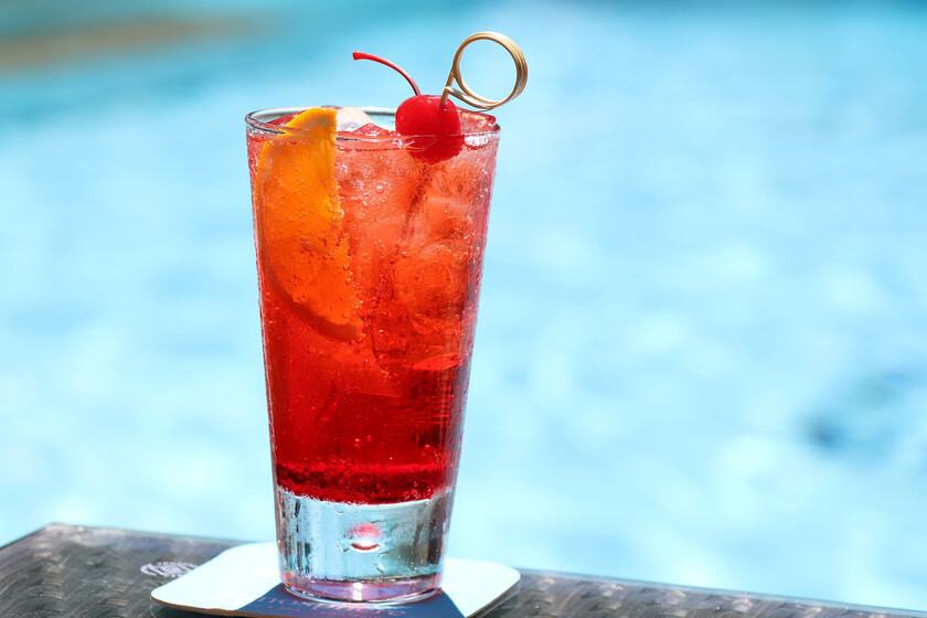 How to cool drinks in the shortest possible time according to science (not in the freezer)
