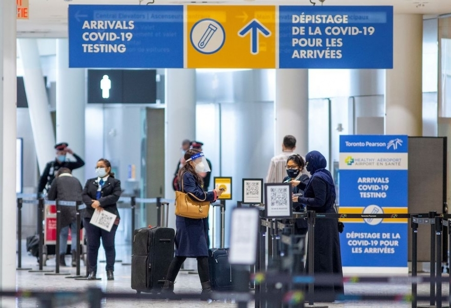 Canada will require a COVID-19 vaccine screening for all travelers