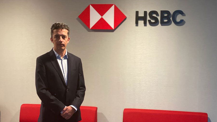 """HSBC: """"We do not collect private debts from El Salvador but we demand our right to justice"""""""
